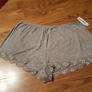 Old Navy lace shorts